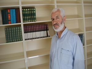 Cami kütüphanesi kitap yardımı bekliyor