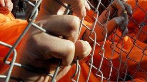 Guantanamo'da mahkumlar tahliye ediliyor