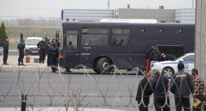 AB Türkiye'den az sayıda Suriyeli sığınmacı kabul etti