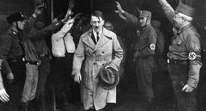 Hitler'in doğduğu evin yıkılması en temiz çözümdür!
