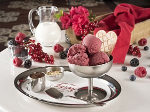 Bu Yazın Lezzet Tarifi: Kazandibili ve Tel Kadayıflı Dondurma