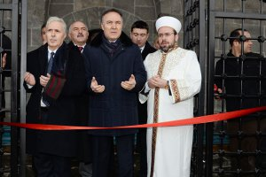Erzurum'da Narmanlı Camii ibadete açıldı
