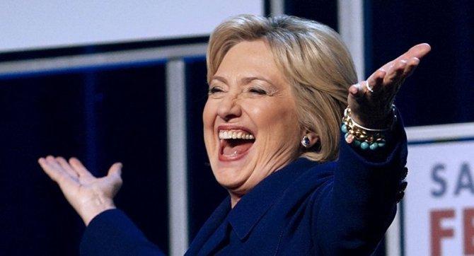 Hillary Clinton'a ait 'çok gizli' 22 e-postası yayınlanmayacak