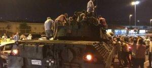 Askerler Atatürk Havalimanı'ndan çekiliyor
