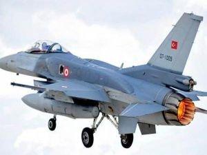 Erzincan'da PKK hedefleri F-16 tarafından vuruldu