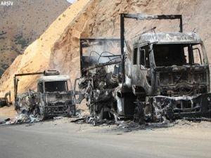 Şemdinli'de karakola bombalı araç saldırısı!