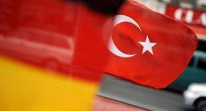 Almanya Türkiye'deki vatandaşlarına OHAL'a hazırlıklı olun
