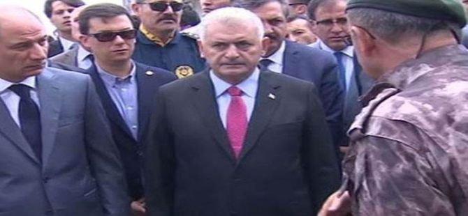 Başbakan tarihi mitingde sert açıklamalarda bulundu