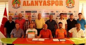 Süper Lig'in yeni ekibi Alanyaspor'dan çifte transfer