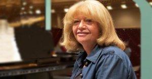 Ünlü piyanist İdil Biret Aydınlılarla buluşacak
