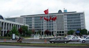 İstanbul Büyükşehir Belediyesi 768 kişinin iş akdi feshedildi
