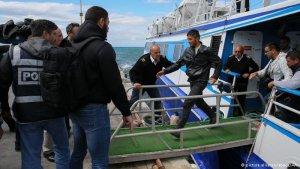 Ege'deki mülteci akınında artış var