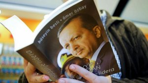 Bir Liderin Doğuşu kitabına büyük ilgi