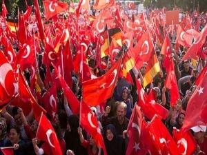 Gurbetçiler Türkiye'ye sahip çıkıyor