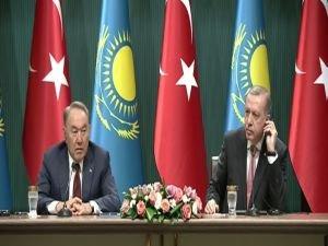 Erdoğan ve Nazarbayev ortak basın açıklaması yaptı