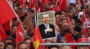 FETÖ'ye tepkiler devam ediyor! 39 ülke Türkiye için ayakta