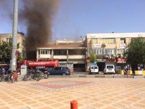 Eski banka binasında yangın