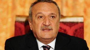 Eski Bakan Mehmet Ağar'dan beklenmedik hamle