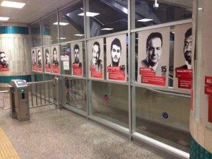 Metro istasyonlarında şehitlerin fotoğrafları