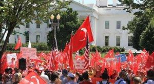 ABD'de 'Darbeye Karşı Demokrasi' mitingi