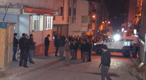 İstanbul Kanarya'da kahvehane tarandı: 2 ölü