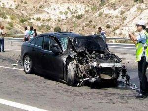 AK Partili vekil Abdulkadir Yüksel trafik kazası geçirdi