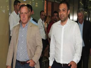 Fenerbahçe Dick Advocaat ile prensip anlaşmasına vardı