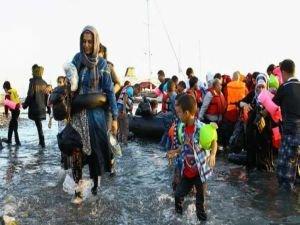 Güney Kıbrıs Rum Yönetimi 400 mülteci yüzünden panikledi