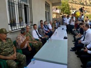 """Vali Aksoy: """"Bölge halkı teröre prim vermiyor"""""""