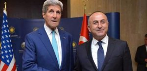 Lima'da bulunan Çavuşoğlu'na Kerry'den acil telefon