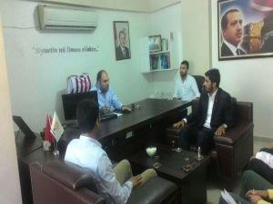 HÜDA PAR Gençlik Kolları'ndan AK Parti'ye Taziye Ziyareti