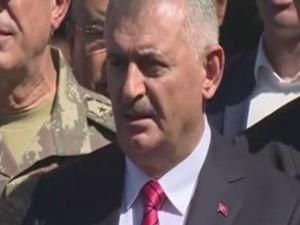 Başbakan Yıldırım: FETÖ görevini bölücü terör örgütüne devretti