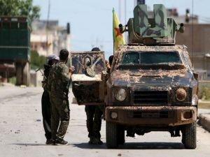 Esad ilk kez YPG'yi bombaladı