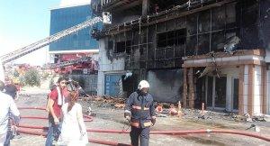 İstanbul Zeytinburnu'nda Aydaş iş merkezinde yangın