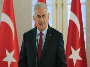 Başbakan Yıldırım: Esad geçiş sürecinde kalabilir