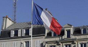 Fransa'daki 'tesettür mayosu yasağı' hükümeti böldü