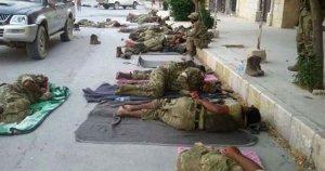 Sokaklarda uyudular!