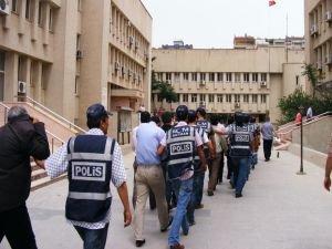 FETÖ'ye finansal destek sağlayan 15 işadamı tutuklandı
