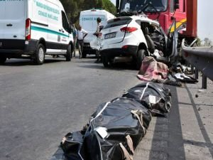 Trafik kazalarında peş peşe kahreden haberler
