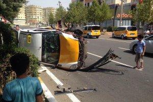 Diyarbakır'da meydana gelen trafik kazasında 2 kişi yaralı