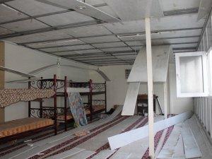 Sur'da medrese tahrip edildi