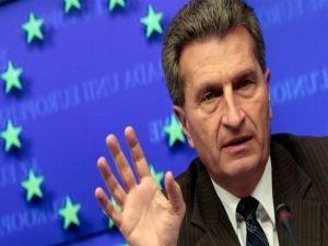 AB Komiseri Günther Oettinger'den çelişkili açıklamalar