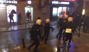 Cizre için yapılan eylem'de 14 gösterici gözaltına alındı