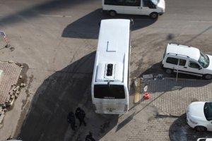 Polis, HDP'li belediyede arama yaptı