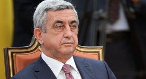 Sarkisyan 4 bakanı değiştirdi