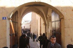 Başbakan Cuma Namazını Ulu Camide kıldı