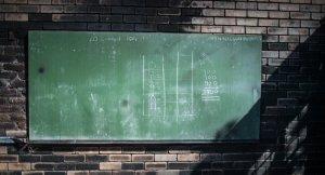 'Her çocuğa ilkokul eğitimi 2042'den önce mümkün değil'
