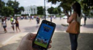 İbadethaneye giren Pokemonlar Hindistan'ı karıştırdı