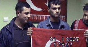 'Polislerin Dink'i öldüren Samast'la fotoğraf çektirmesi FETÖ kurgusuydu'