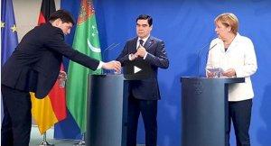 Türkmenistan, Merkel'i ağzı açık bıraktı